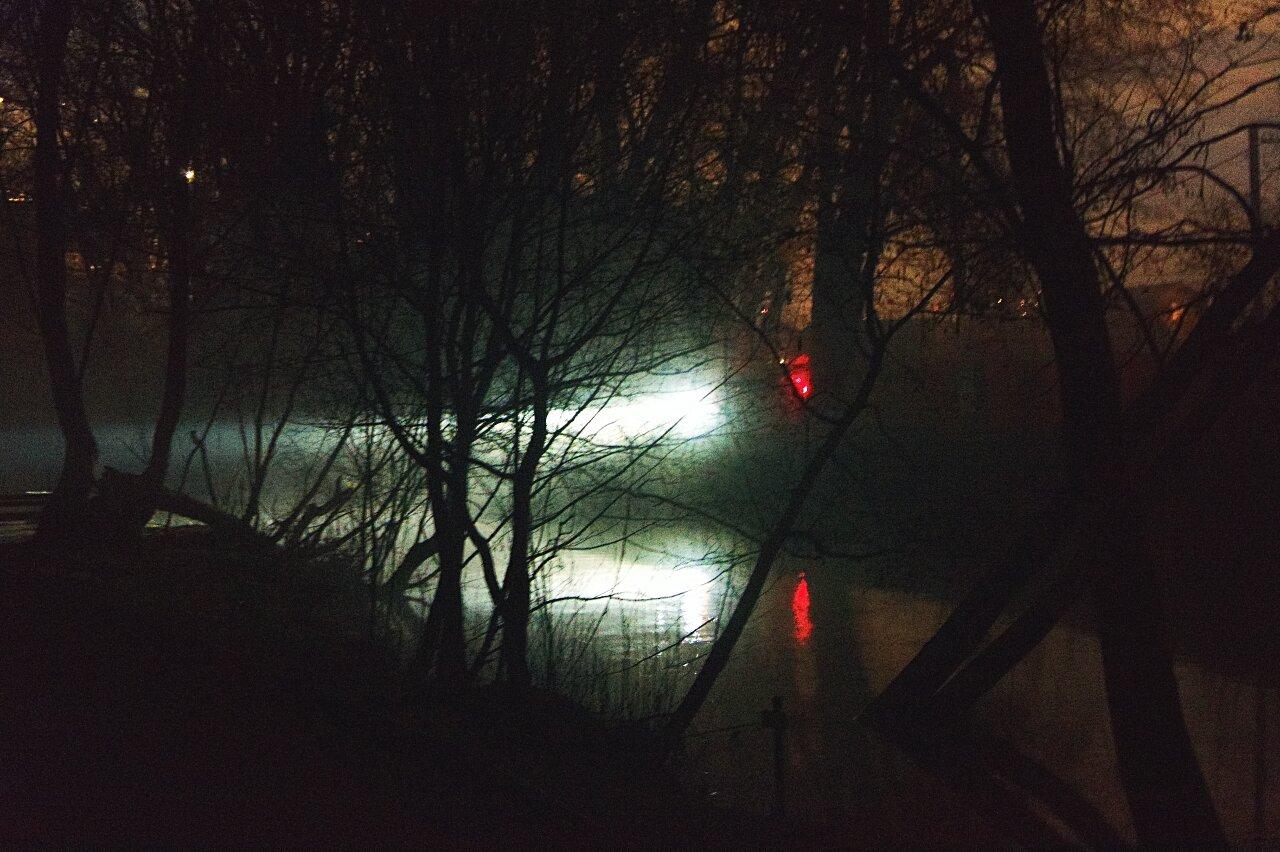 Свет над водой
